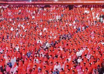 Pemimpin UMNO seharusnya menghentikan hujah konon membawa hasrat akar umbi kerana sebagai ahli, kita  mempunyai peranan khusus dan ia ditulis dengan jelas dalam Perlembagaan parti.