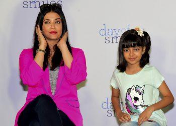 AISHWARYA Rai dan anaknya Aaradhya Bachchan. - AFP