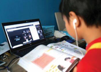 SERAMAI 1,300 pelajar daripada keluarga B40 di Pulau Pinang mendapat manfaat daripada insiatif pemberian tablet dan data hasil kerjasama USM, NCIA dan rakan strategik lain.